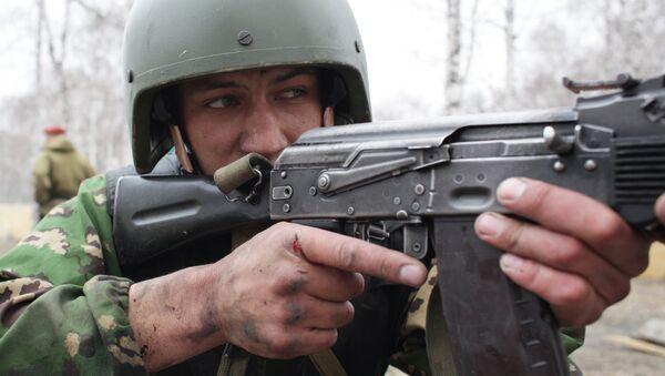 Сдача бойцами спецназа экзамена на право ношения крапового берета - Sputnik Česká republika