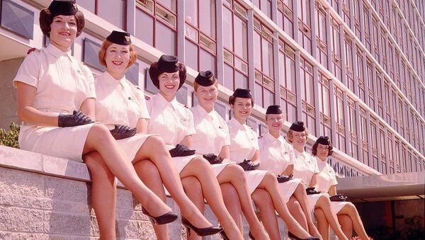 Letecká uniforma letušek společnosti National Airways Corporation, 1959 - Sputnik Česká republika