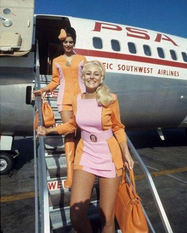 Letušky aerolinek Pacific Southwest Airlines, 1960 - Sputnik Česká republika