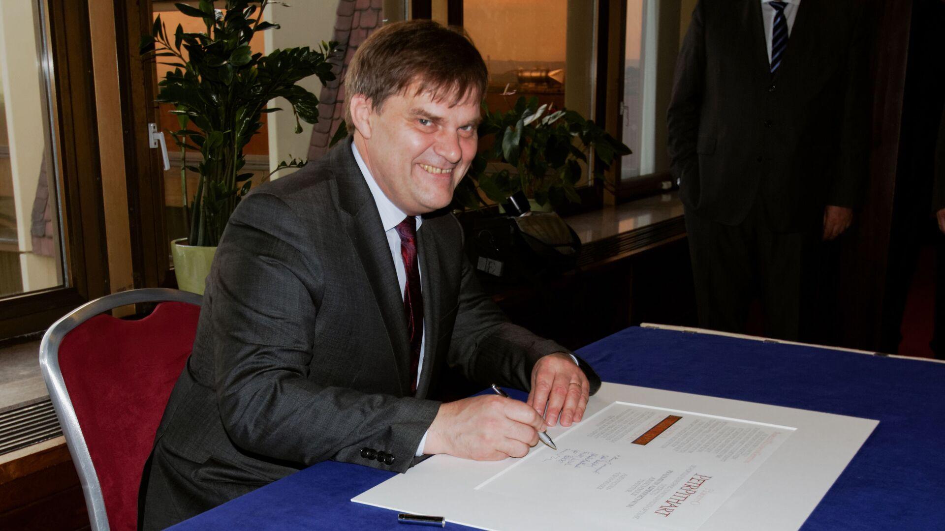 Bývalý velvyslanec v Německu Rudolf Jindrák. Zmocněnec pro konzultace s Ruskem - Sputnik Česká republika, 1920, 01.09.2021