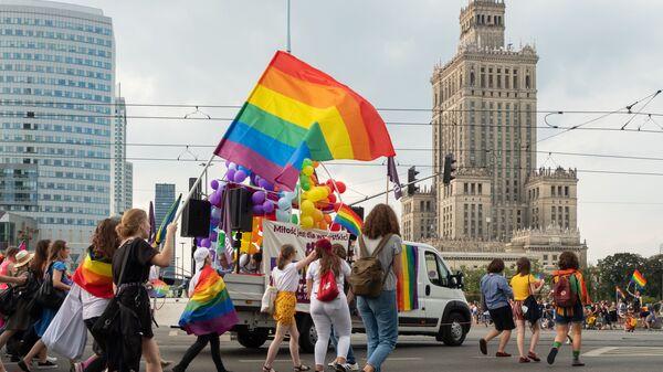 Pohod LGBT ve Varšavě - Sputnik Česká republika