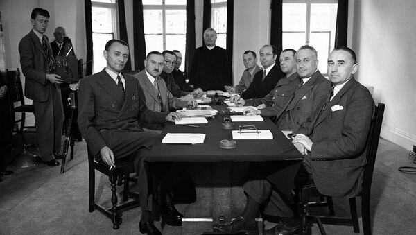 Diskuse nového českého parlamentu, 1940 - Sputnik Česká republika