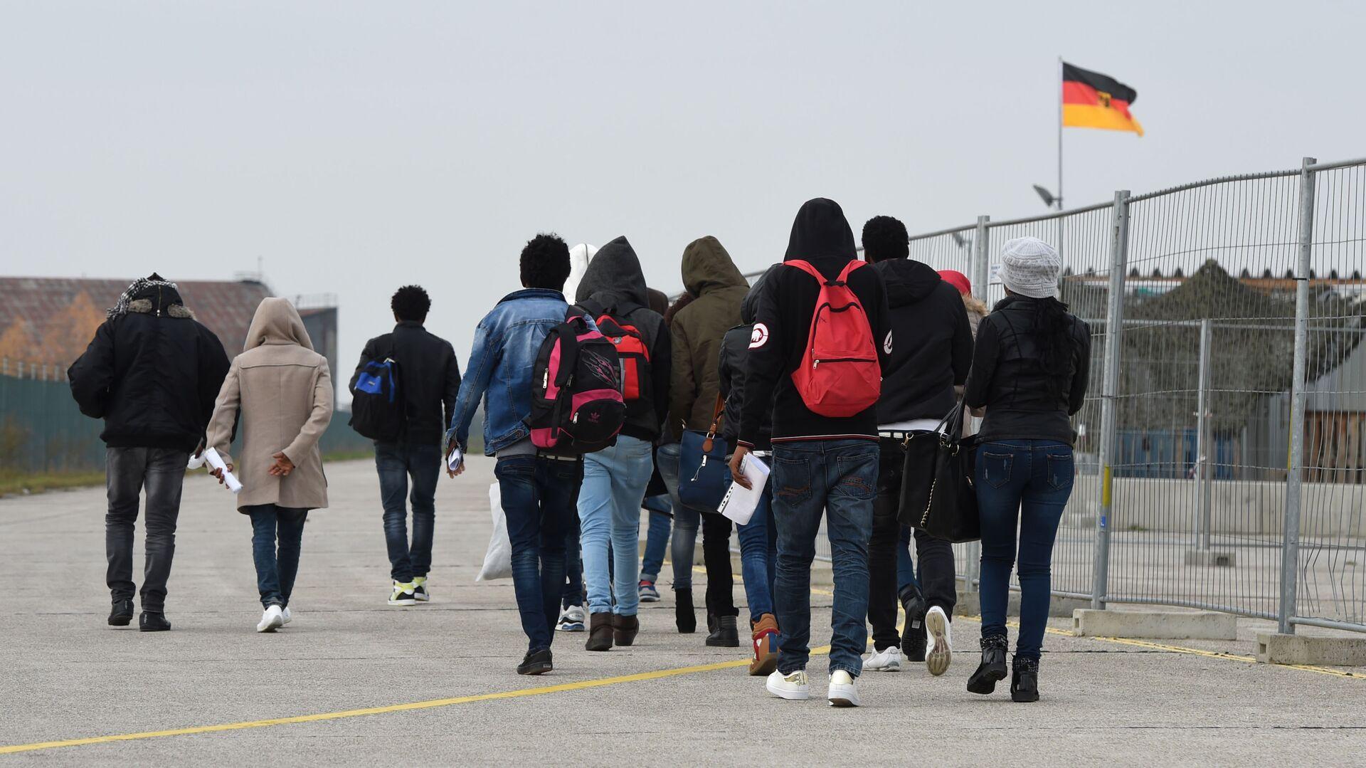 Migranti přijíždějící do Evropy. Ilustrační foto 2016 - Sputnik Česká republika, 1920, 23.03.2021