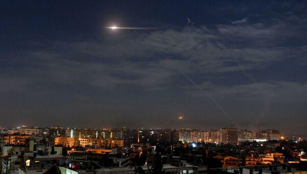 Syrská protivzdušná obrana v akci (ilustrační foto) - Sputnik Česká republika