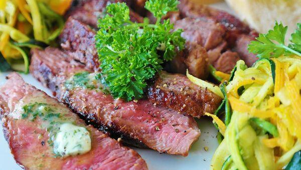 Hovězí steak. Ilustrační foto - Sputnik Česká republika