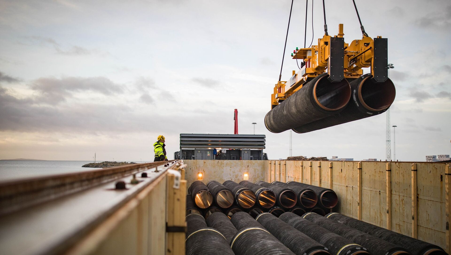 Stavba plynovodu Nord Stream 2 v Německu - Sputnik Česká republika, 1920, 16.02.2021