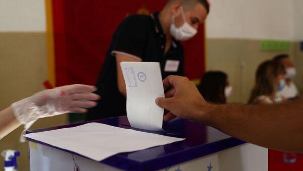 Hlasování v parlamentních volbách v Černé Hoře - Sputnik Česká republika