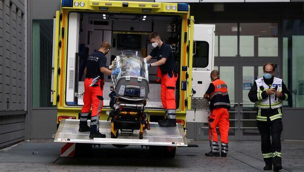Alexej Navalnyj byl transportován do berlínské nemocnice Charite. 22 srpna 2020 - Sputnik Česká republika
