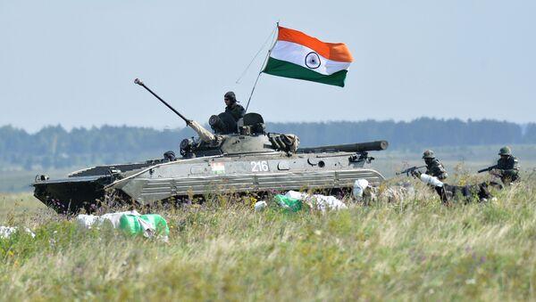 Indičtí vojáci během cvičení v Rusku - Sputnik Česká republika
