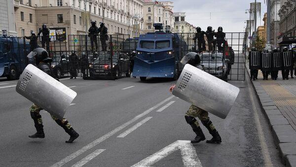 Policisté v Minsku. Ilustrační foto - Sputnik Česká republika