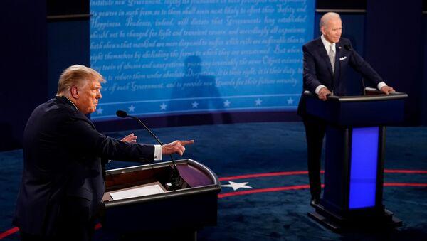 Donald Trump a Joe Biden během debat - Sputnik Česká republika