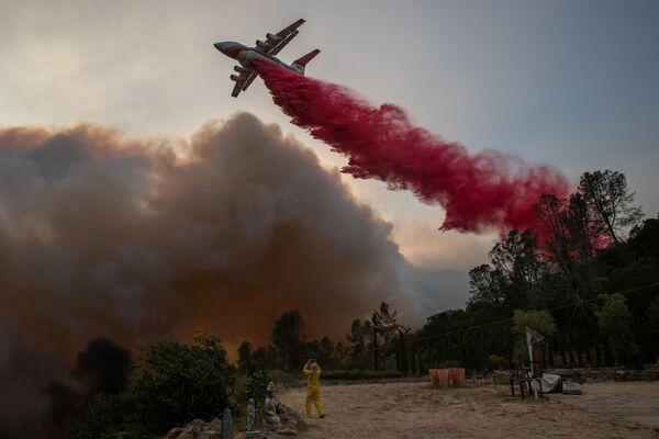Hašení požáru v Kalifornii - Sputnik Česká republika