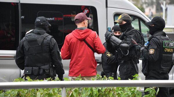 Běloruská policie zasahuje v Minsku - Sputnik Česká republika