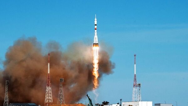Raketa Sojuz-2.1a s kosmickou lodí Sojuz MS-17 vzlétla z kosmodromu Bajkonur  - Sputnik Česká republika