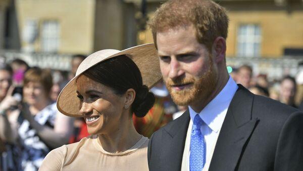 Prince Harry a Meghan Markleová - Sputnik Česká republika