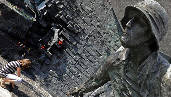 Památník hrdinům Varšavského povstání - Sputnik Česká republika