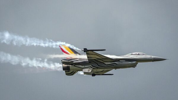 Stíhačka F-16 belgického letectva - Sputnik Česká republika