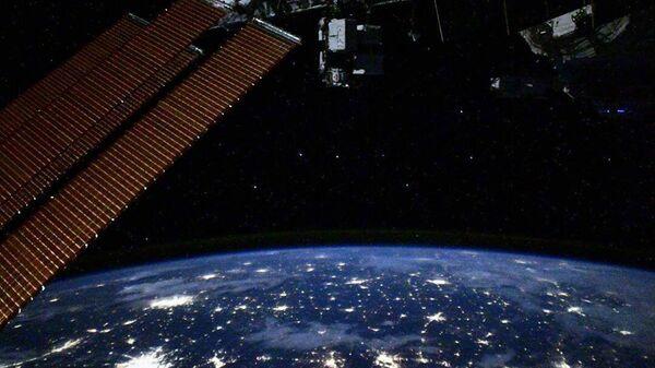 Pohled s ISS - Sputnik Česká republika