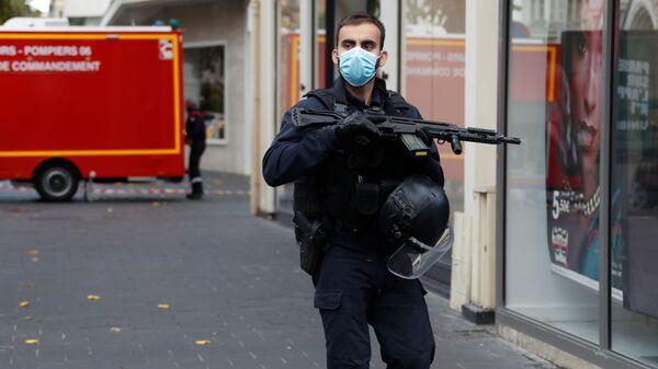 Policie na místě útoku v Nice (29. 10. 2020) - Sputnik Česká republika
