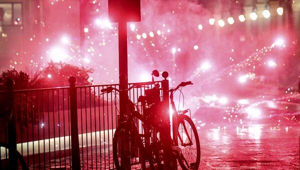Desítky protureckých demonstrantů pochodovaly francouzským Dijonem a křičely Alláh Akbar - Sputnik Česká republika