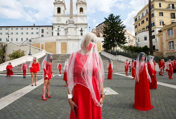 Ženy během shromáždění proti násilí na ženách, Řím - Sputnik Česká republika