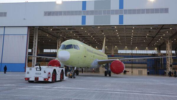 První dopravní letoun MS-21 osazený ruskými motory PD-14 - Sputnik Česká republika