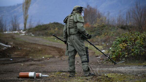 Důstojník ruských mírových sil v Náhorním Karabachu - Sputnik Česká republika