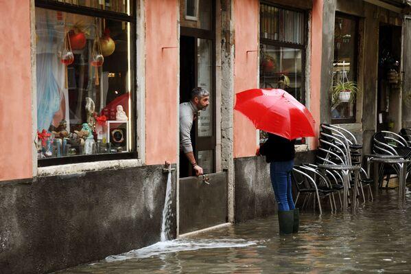 Rodné město Casanovy v moci živlu: Benátky zase trápí záplavy - Sputnik Česká republika