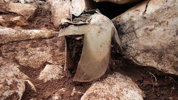 Archeologové objevili v Chorvatsku vzácnou ilyrskou přilbu - Sputnik Česká republika