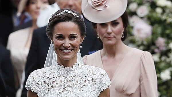 Kate Middleton na svatbě své sestry Pippy. - Sputnik Česká republika