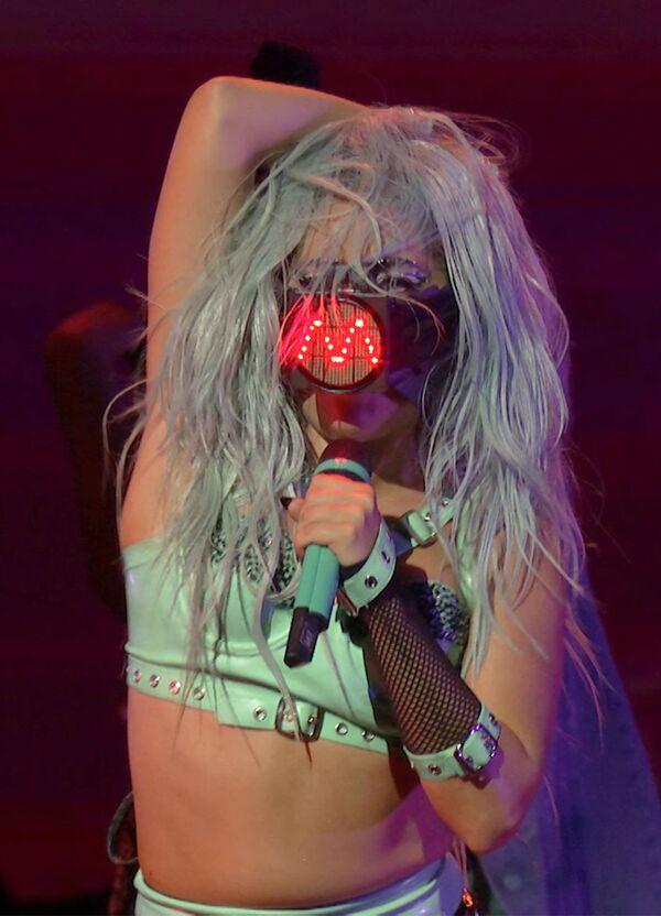 Americká popová zpěvačka, skladatelka, klavíristka, textařka, herečka a hudební producentka italského původu Lady Gaga. - Sputnik Česká republika
