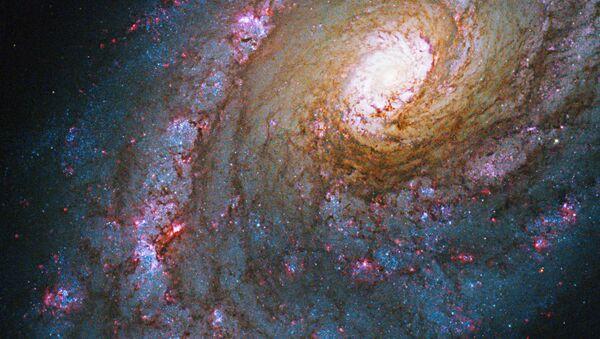 Galaxie NGC 5248 v souhvězdí Volopas - Sputnik Česká republika