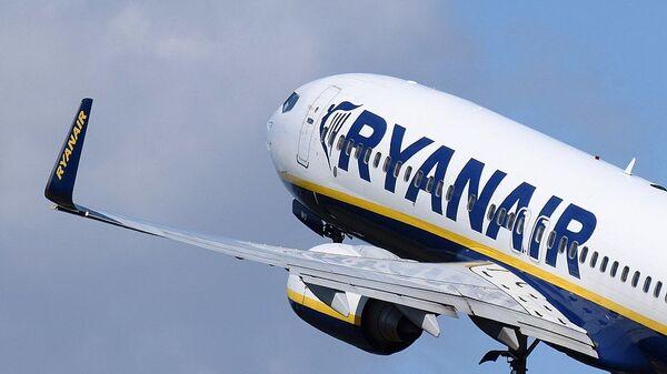 Boeing 737 Ryanair - Sputnik Česká republika