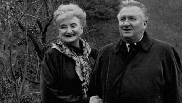 První prezident Michal Kováč s manželkou v Číně - Sputnik Česká republika