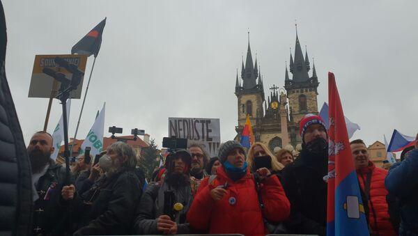 Stovky lidí sešly na Staroměstském náměstí - Sputnik Česká republika