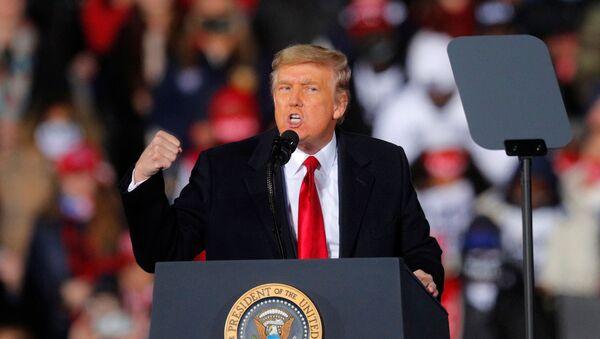 Americký prezident Donald Trump ve státě Georgia - Sputnik Česká republika
