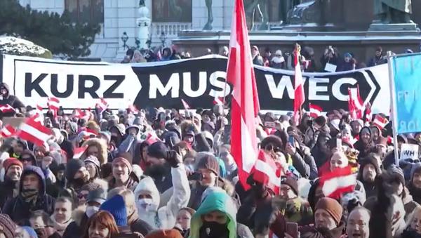"""""""Rakousko je svobodné."""" Protestující vyšli do ulic Vídně proti koronavirovým opatřením - Sputnik Česká republika"""