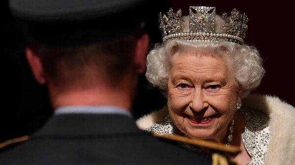 Britská královna Alžběta II při otevření parlamentu v Londýně - Sputnik Česká republika