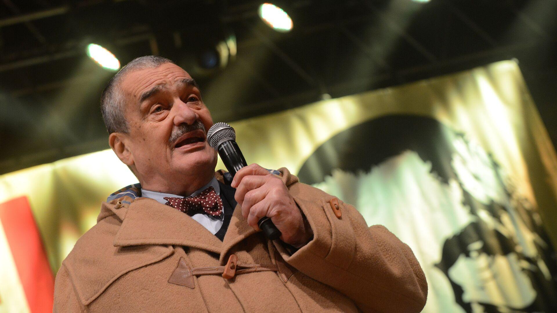 Bývalý ministr zahraničních věcí ČR Karel Schwarzenberg  v roce 2013. Ilustrační foto - Sputnik Česká republika, 1920, 17.02.2021