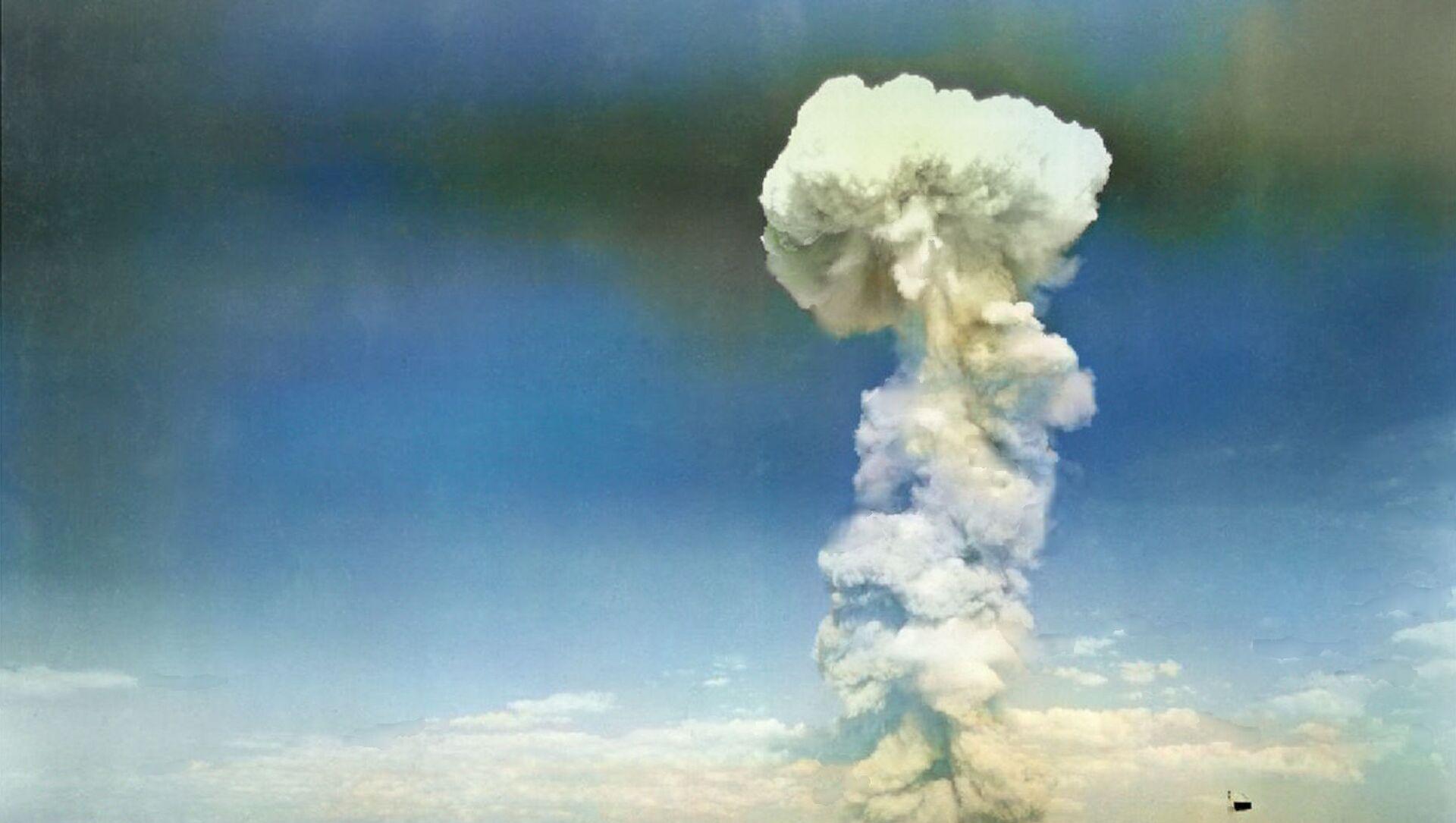 Testování jaderné bomby v roce 1954. Ilustrační foto - Sputnik Česká republika, 1920, 26.02.2021