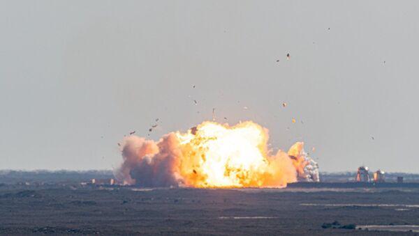 Starship SN9 explodes upon landing on February 2, 2021 - Sputnik Česká republika