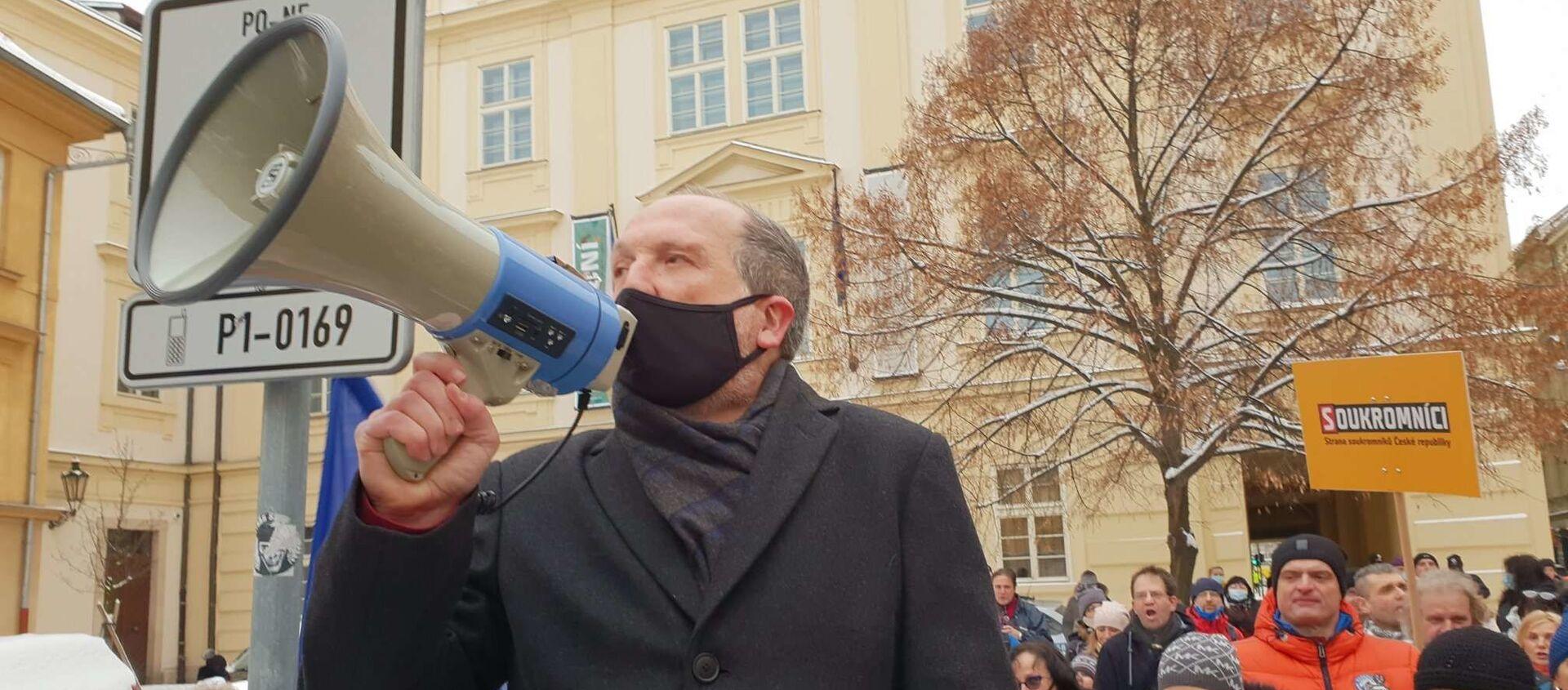 Václav Klaus mladší během protestu - Sputnik Česká republika, 1920, 08.02.2021