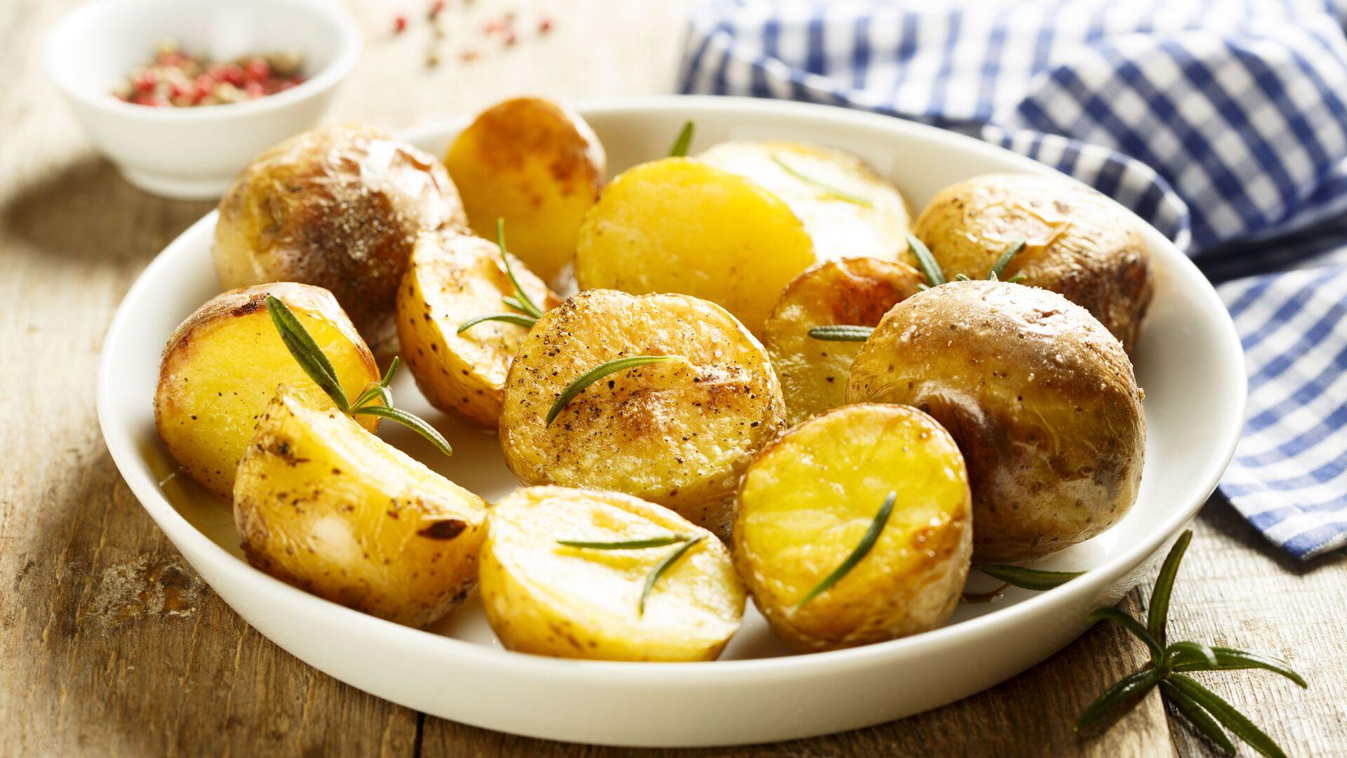 Pečené brambory s rozmarýnem - Sputnik Česká republika, 1920, 01.04.2021