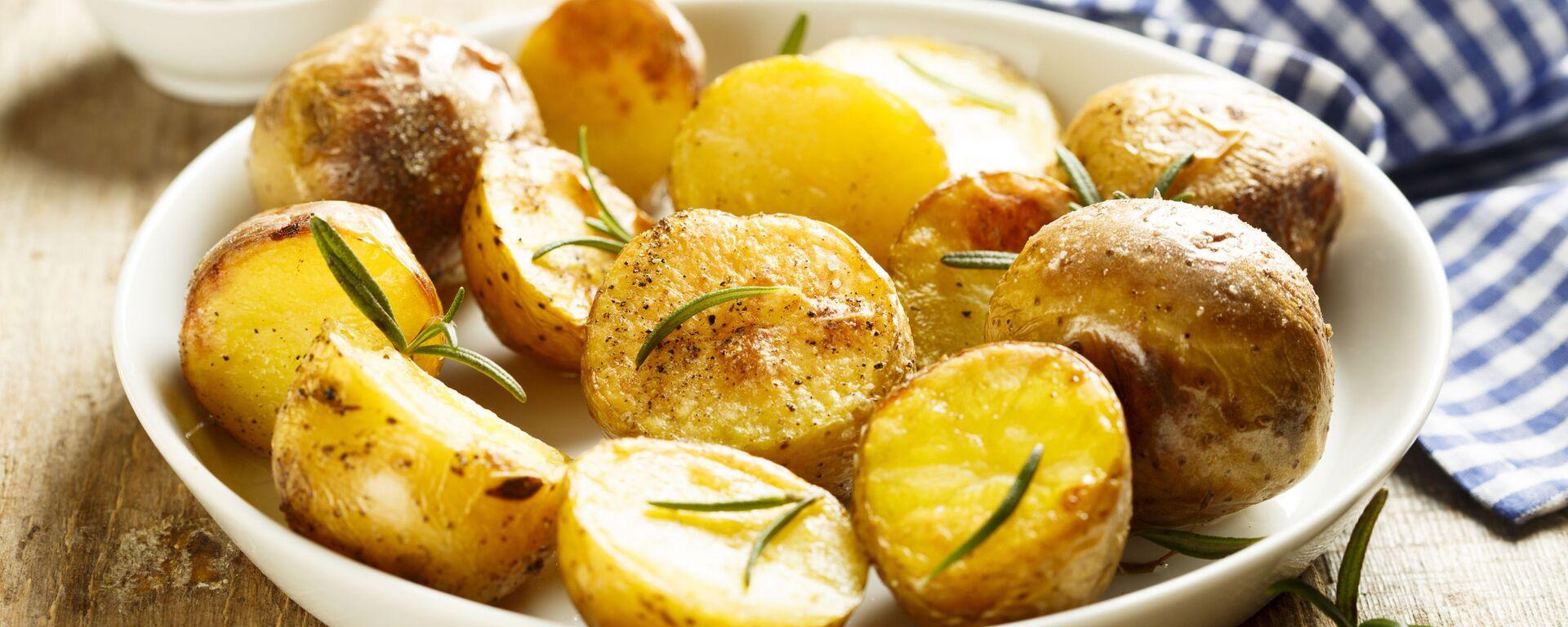 Pečené brambory s rozmarýnem - Sputnik Česká republika, 1920, 10.02.2021