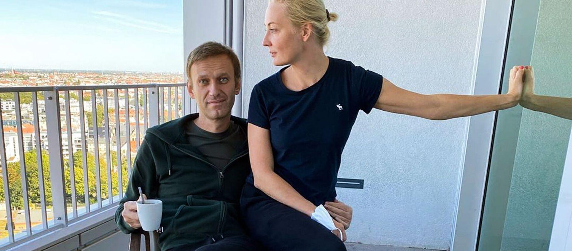 Alexej Navalnyj se svou manželkou Julií - Sputnik Česká republika, 1920, 10.02.2021
