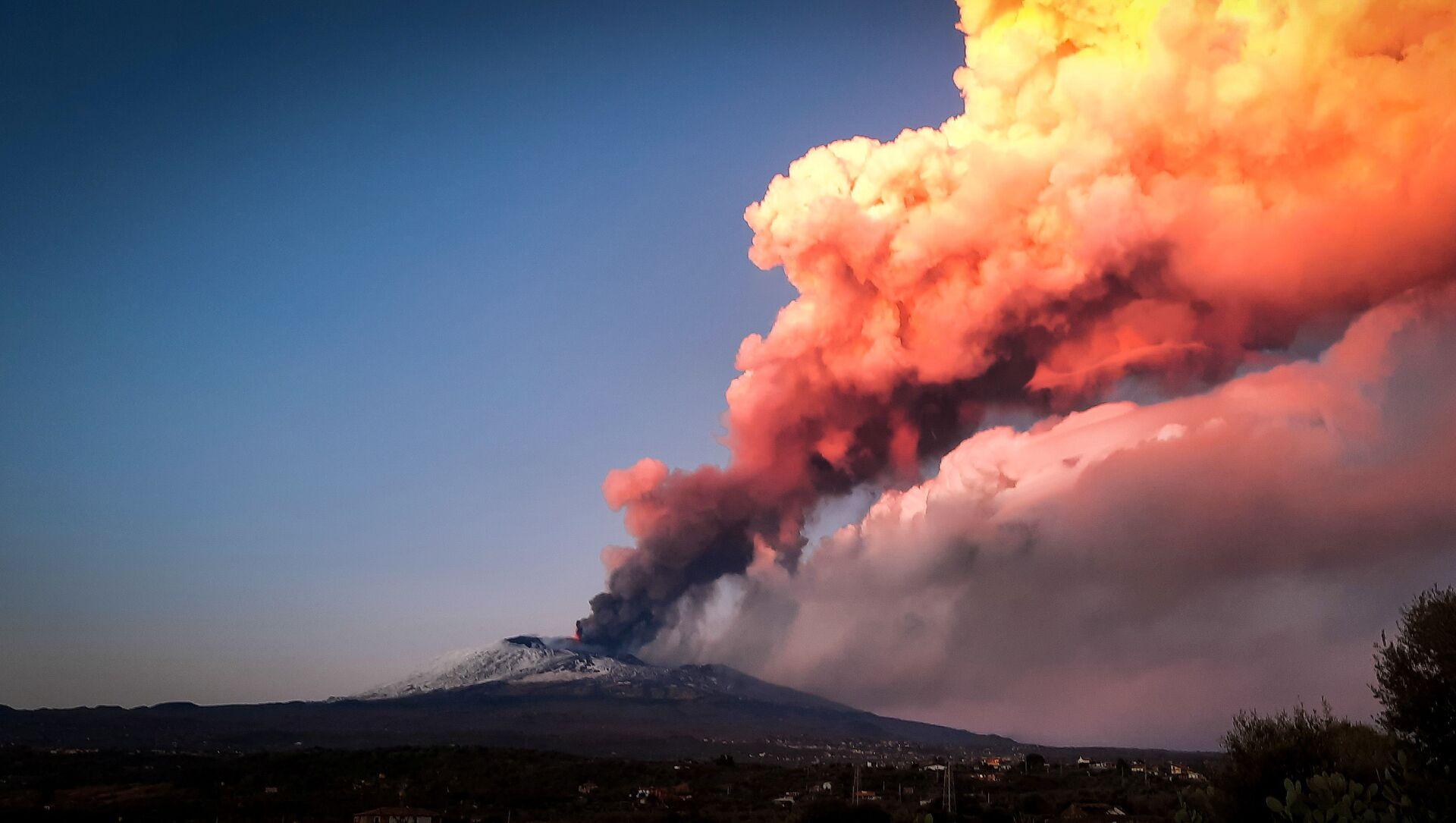 Erupce Etny - Sputnik Česká republika, 1920, 21.02.2021