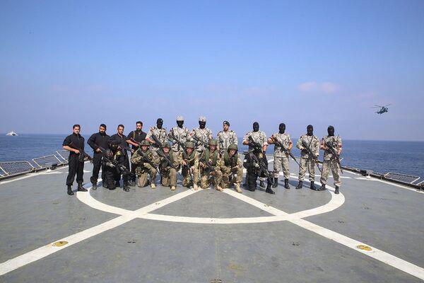 Společné cvičení íránského a ruského námořnictva v Indickém oceánu. - Sputnik Česká republika