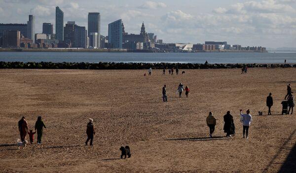Pláže v britském městě New Brighton u Irského moře. - Sputnik Česká republika