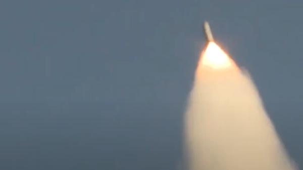 Ruské ministerstvo zveřejnilo záběry použití Iskanderu-M v Sýrii - Sputnik Česká republika