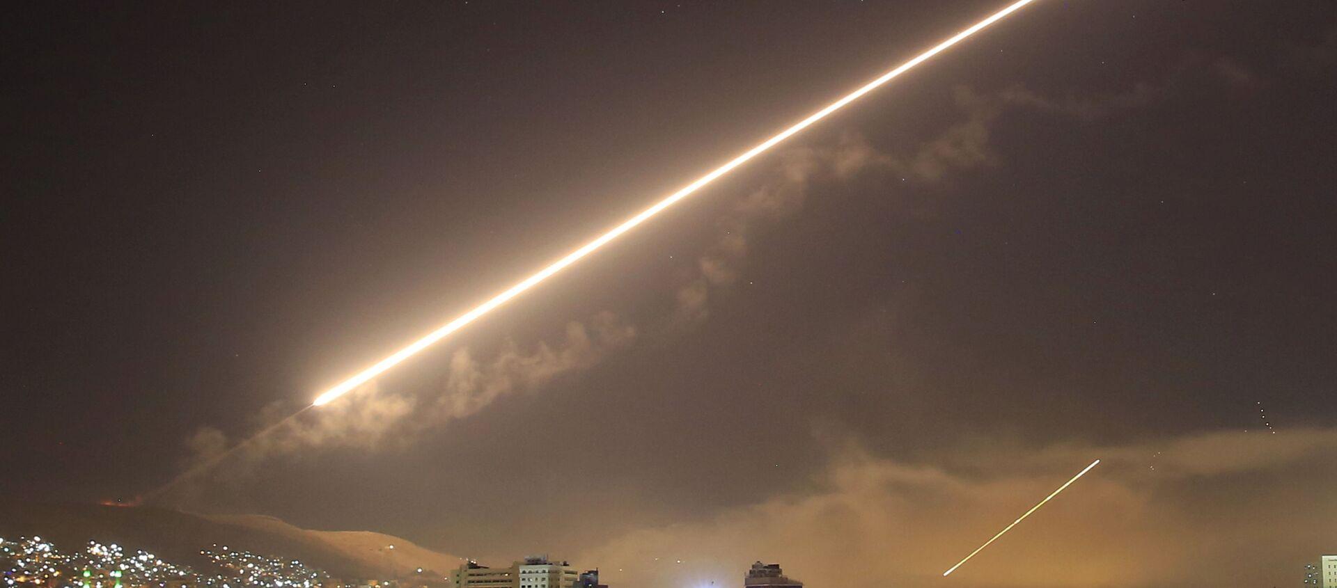 Americký útok v Sýrii v roce 2018. Ilustrační foto - Sputnik Česká republika, 1920, 26.02.2021